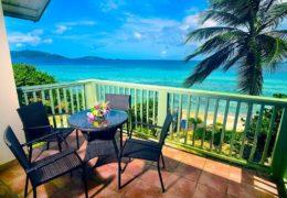 longbay_beachfrontsuite_balconyview